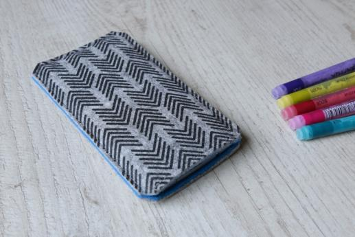Motorola Moto E sleeve case pouch light felt black arrow pattern