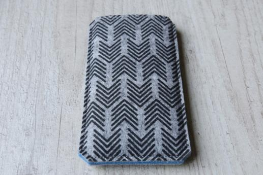 Motorola Moto G5 sleeve case pouch light felt black arrow pattern