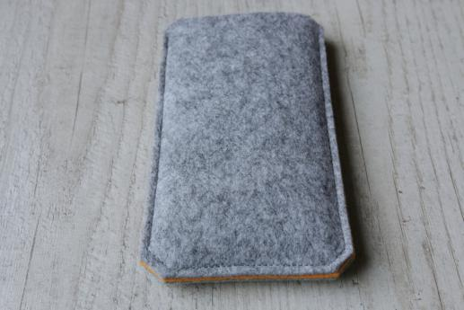 Motorola Moto G5 sleeve case pouch light felt