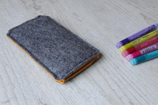 Sony Xperia XA sleeve case pouch dark felt pocket