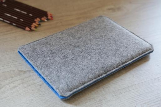 Apple iPad Air case sleeve pouch light felt pocket black arrow pattern
