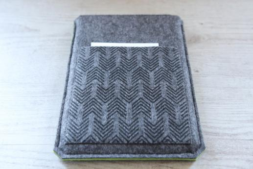 Samsung Galaxy Tab E 9.6 case sleeve pouch dark felt pocket black arrow pattern