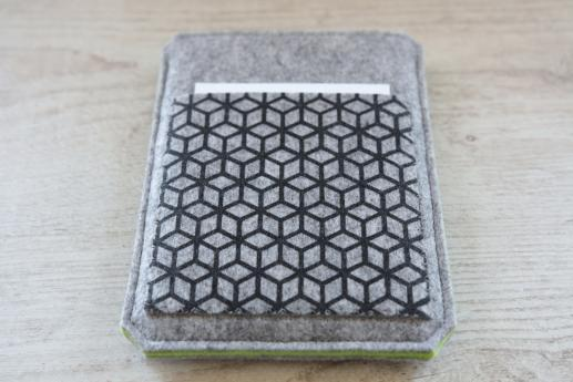 Kindle Paperwhite sleeve case ereader light felt pocket black cube pattern