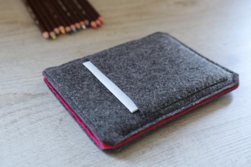 Kindle Voyage sleeve case ereader dark felt pocket