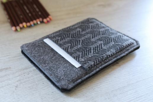 Kobo Glo HD sleeve case ereader dark felt pocket black arrow pattern