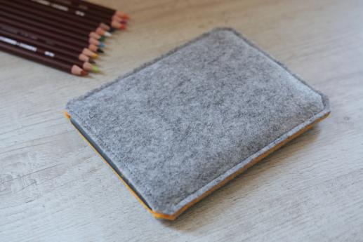 Kobo Aura sleeve case ereader light felt pocket
