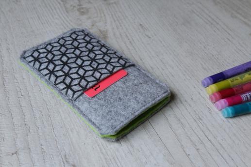 HTC 10 sleeve case pouch light felt pocket black cube pattern