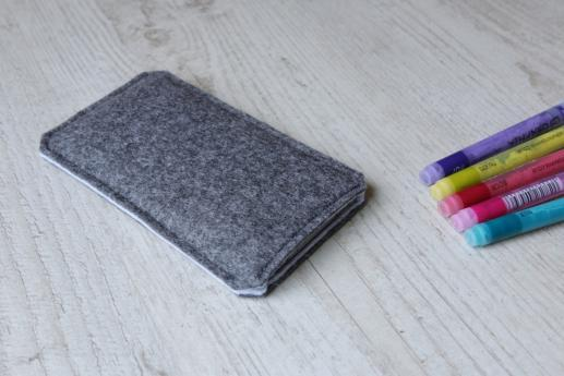 HTC One M9 sleeve case pouch dark felt black cube pattern